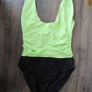 Miraclesuit Swimsuit-Halter-Tummy Cont'l-Underwire